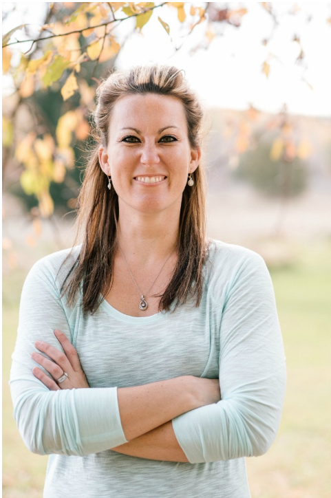 Momismore.com is giving away a free enrollment to Gina Horkey's popular virtual assisting course! Hurry before the giveaway ends!